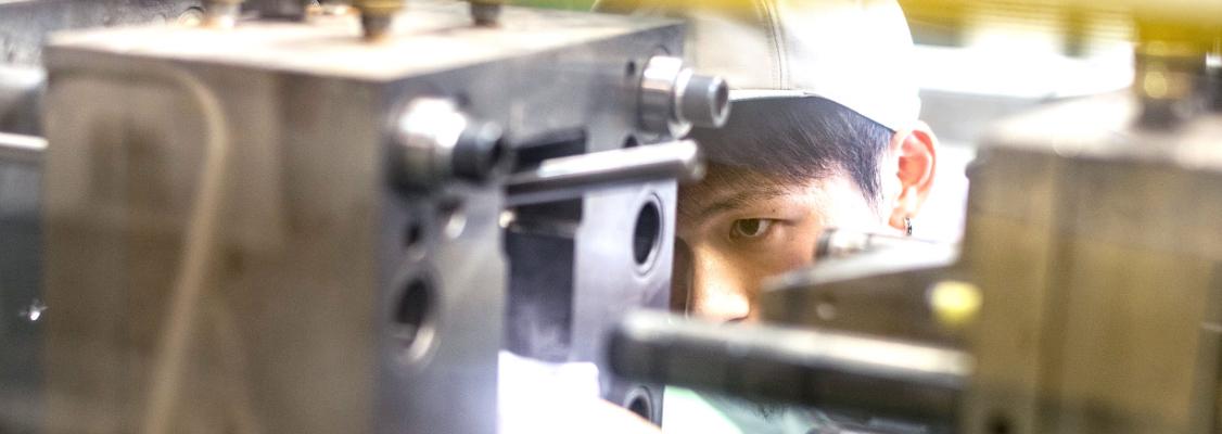 新技術を積極的に導入、難加工製品の樹脂化へも挑戦
