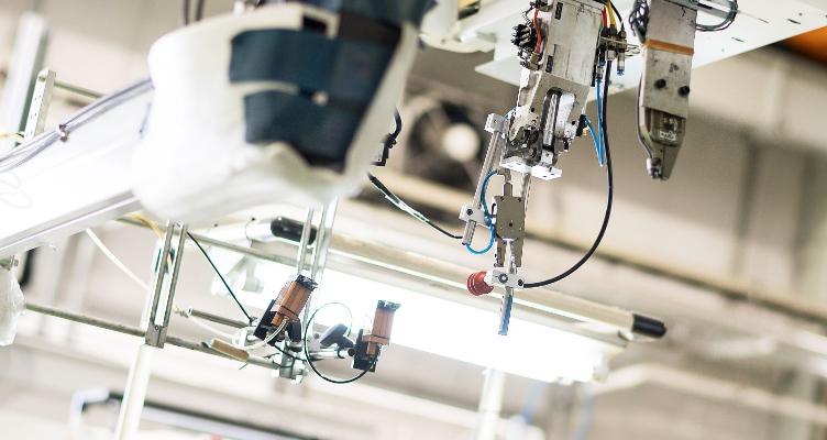 3,000製品以上の開発実績 多品種少量生産